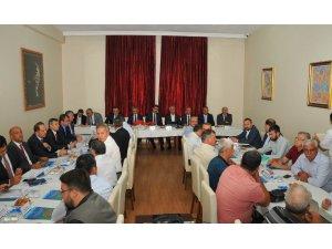 Akşehir'de kıyı kenar çizgisi sorunu istişare edildi