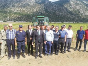 Derebucak'ta çiftçiye makine ekipman desteği