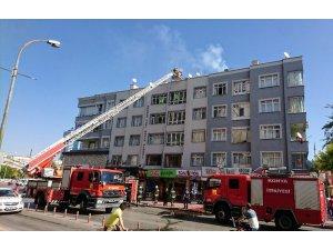 Konya'da apartmanda baca yangını büyümeden söndürüldü