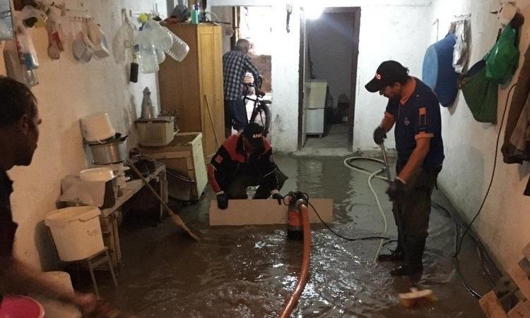 Aksaray'da su baskınlarına AFAD ekiplerinden müdahale