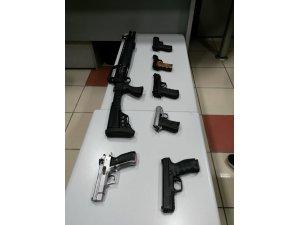 Konya'da düğünlere sıkı denetim: 7 silah ele geçirildi