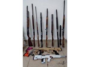 Konya'da silah operasyonu: 166 adet silah ele geçirildi