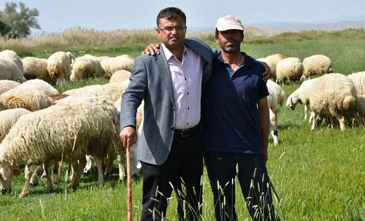 """Mahmut Aktürk, """"Yerli Çoban Bulamıyoruz!"""""""