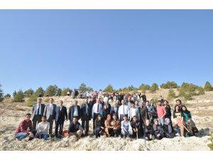 NEÜ Köyceğiz ve Seydişehir Yerleşkesinde binlerce fidan toprakla buluştu