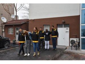 Aksaray'da üç evi soyan 2 hırsızlık şüphelisi yakalandı