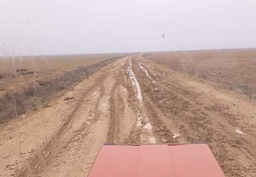 Eskil'den Karatay ile Karapınar'a ulaşım sağlanan yolda çamur cefası!