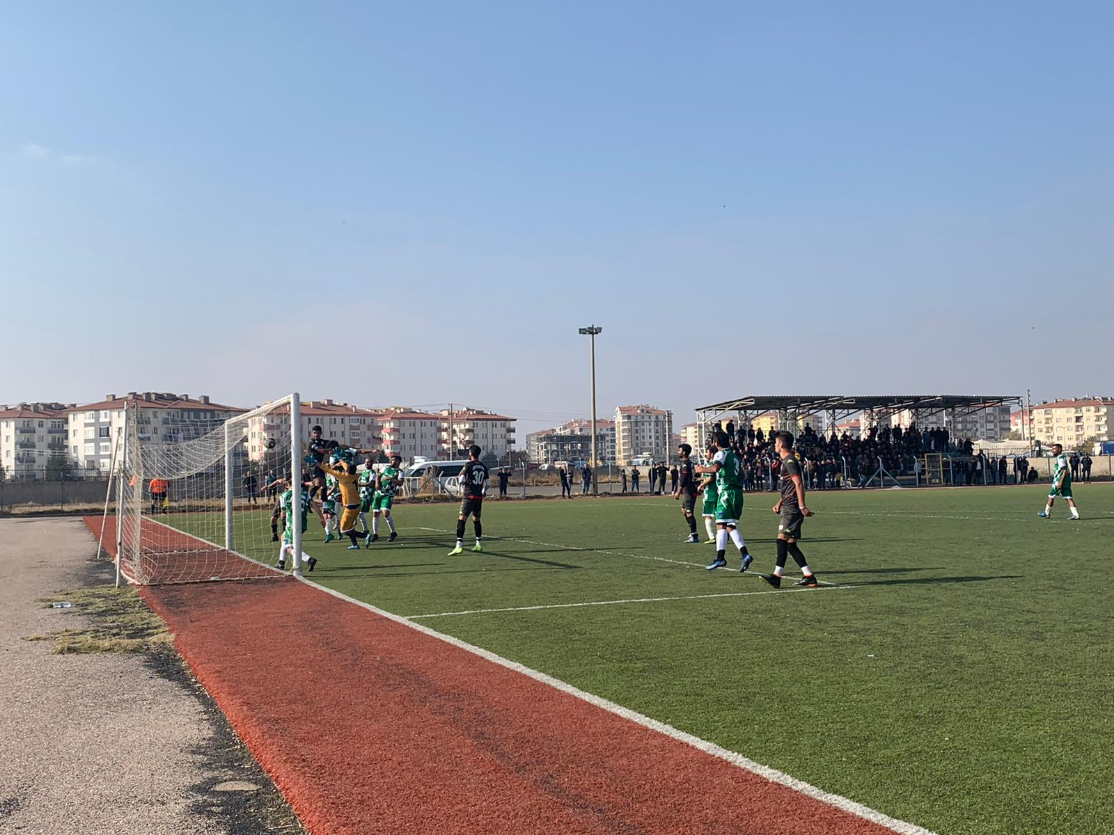 Eskil'in Rakibi Akhisarspor