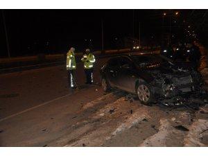 Seydişehir'de otomobiller çarpıştı: 3 yaralı