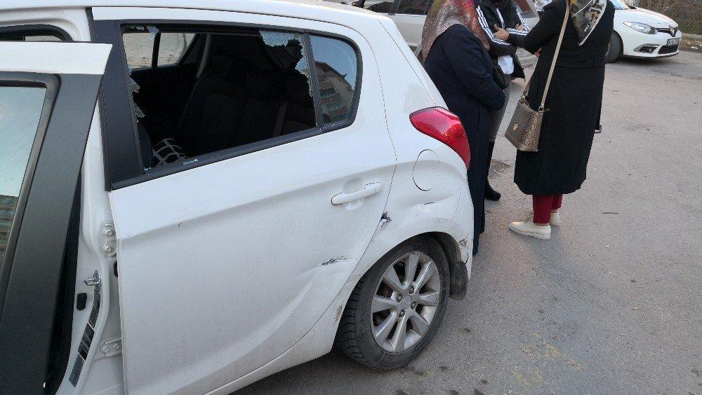 Ehliyeti alkolden iptal edildi, yine alkollü araç kullanırken kaza yaptı