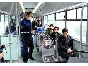 Büyükşehir'den toplu ulaşımda sosyal mesafeye dikkat edelim uyarısı