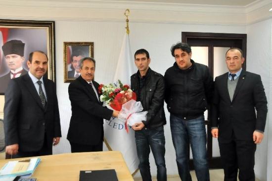 Tarık Buğra İlkokulu'ndan Başkan Salih Akkaya'ya Ziyaret