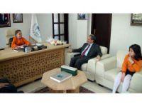 Başkan Akkaya Koltuğunu Simge Akçakoca'ya Devretti