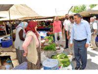 Belediye Başkanı Mehmet Tutal, Pazar Esnafını Ziyaret Etti