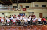 Mustafa Öztürk Engel Tanımadı Aksaray'ın Gururu Oldu