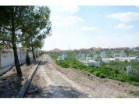 Yenikent Mezarlığı Belediye Tarafından Komple Yenilendi