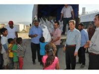 Akşehir Belediyesi'nden Geçici Tarım İşçilerine Erzak Yardımı
