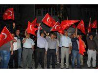 Akşehir'de demokrasi nöbeti sürüyor