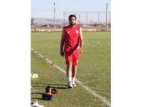 Aksaray Belediyespor, stoper İbrahim Konuksever'i kadrosuna dahil etti