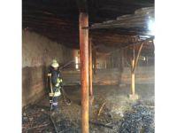 Kulu'da ahır yangını