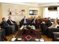 Vali Canbolat'tan Başkan Özgüven'e ziyaret