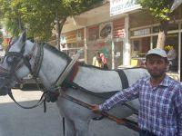 Ortaköy'de bir tek o kaldı!