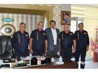 İtfaiyecilerden Belediye Başkanı Mehmet Kale'ye ziyaret