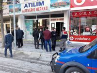 Sultanhanı'nda marketin çelik kasasını çaldılar