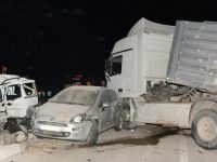 Aksaray'da tır, iki araca çarptı: 1 ölü