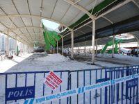 Tedbir için kapatılan kapalı pazar yerinin çatısı çöktü