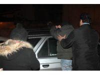 Fuhuş pazarlığı yapan hayat kadınlarına suçüstü: 12 gözaltı