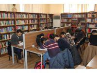 Aksaray'da 2016 yılında 37 bin 842 kitap okundu