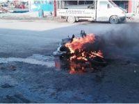 Benzin kaçağı olan mobilet cayır cayır yandı