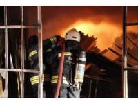 Orman ürünleri üretimi yapan iş yerinde yangın