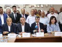 Aksaray AK Parti İl Başkanlığında devir teslim yapıldı