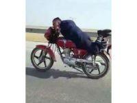 Motosiklet üzerindeMotosiklet Üzerinde Yapmadığı Kalmadı