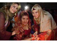 Aksaray'da engelli genç kızlara özel kına gecesi