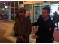 Kaçak Afgan yolcuların ihbarı üzerine yakalandı