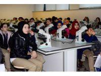 Bilim Kurdu'nda ortaokul öğrencilerine tıp dersi