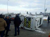 Öğrencisi servisi ile yolcu otobüsü çarpıştı: 18 öğrenci yaralı