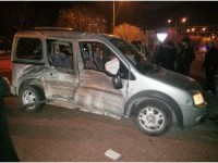 Konya'da tramvayla hafif ticari araç çarpıştı: 3 yaralı