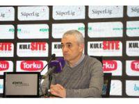 Atiker Konyaspor, Rıza Çalımbay ile anlaştı.