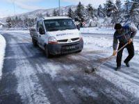 Beyşehir'de kar temizliği çalışmaları