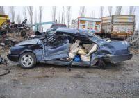 Konya'da kamyon ile otomobil çarpıştı: 1 ölü
