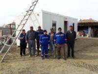 AFAD'dan evi yanan vatandaşa konteyner yardımı