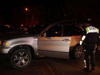 Polisten kaçan alkollü sürücü yakalanınca avukat kimliği göstermek istedi