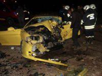 Kazada ölen aynı aileden 3 kişi son yolculuklarına uğurlandı