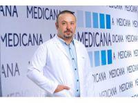 """Yrd. Doç. Dr. Kayapınar: """"Meme küçültme ve büyütme ameliyatları artık korkutmuyor"""""""
