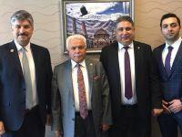 Cengiz Gözen AK Parti Genel Merkezi'nde gördüğü ilgiden memnun