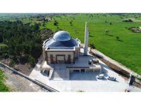 Beyşehir'de farklı mimarisiyle dikkat çeken cami dualarla ibadete açıldı