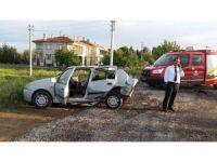 Kazada ağır yaralanan sürücü yaşam mücadelesini kaybetti